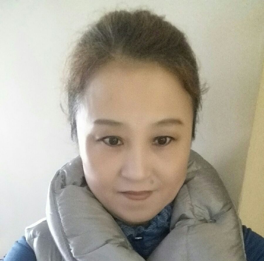Jingrong Hao - Massage Therapist